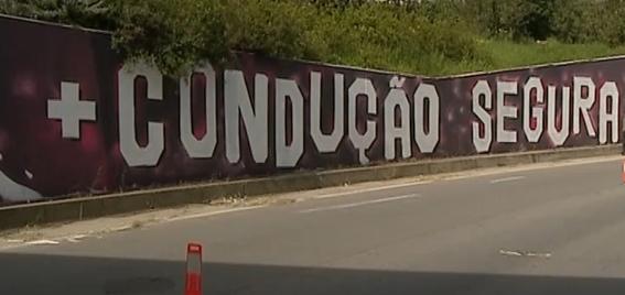 <center>Mural + CONDUÇÃO SEGURA + VIDA</center>